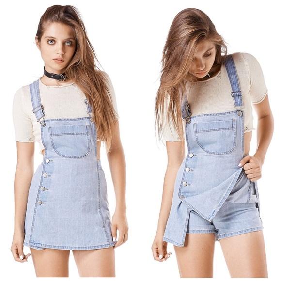 c6eccc7d4c Retro skort denim jean skirt jumper dress overalls.  M 5b527fd315379574e2d5d536